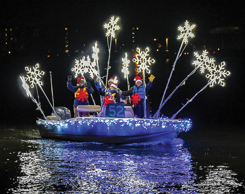 2019 lighted boat parades