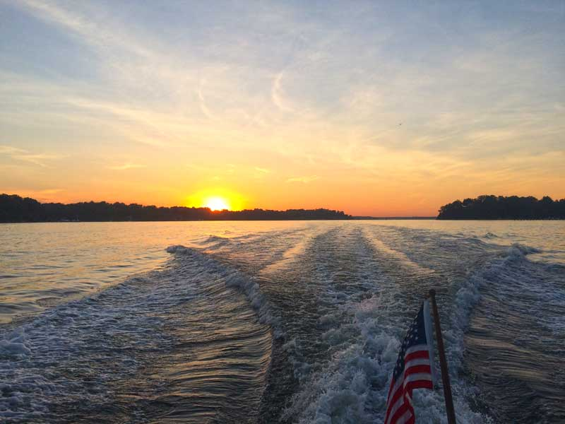 weekend boating excursions