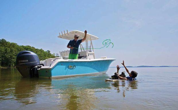 Boat Review: Sea Hunt Ultra 211 | PropTalk