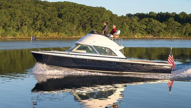 The Bertram 35 looks very modern, even while incorporating features from past Bertram models.